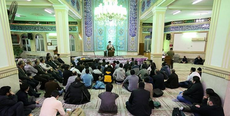 مسجد پرچم دار مطالبه گری است