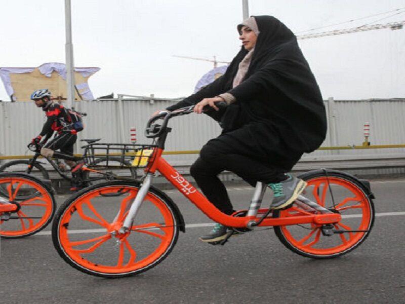 ستاد امر به معروف طرقبه - شاندیز دوچرخه سواری بانوان در انظار عمومی را ممنوع کرد